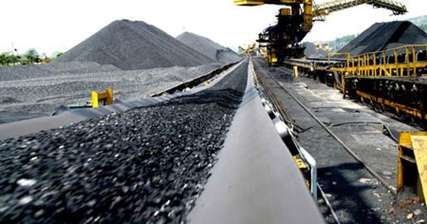 Bộ Công Thương: Ngành than và dầu khí sẽ tiếp tục gặp khó