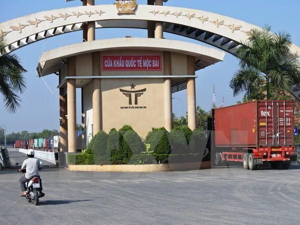 Quan hệ thương mại Việt Nam-Campuchia hướng đến mục tiêu 5 tỷ USD