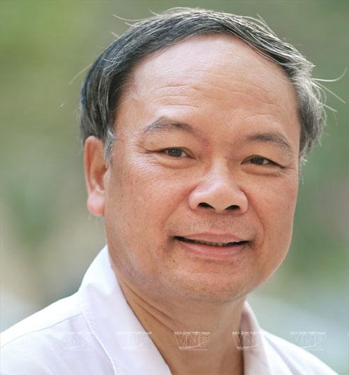GS.TTND Nguyễn Việt Tiến phát triển ngành vi phẫu thuật Việt Nam