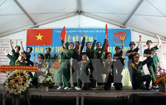 Cộng đồng người Việt tại Đức tổ chức tri ân các anh hùng liệt sỹ
