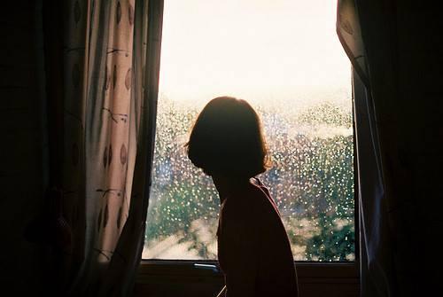 Đêm nằm nghe mưa