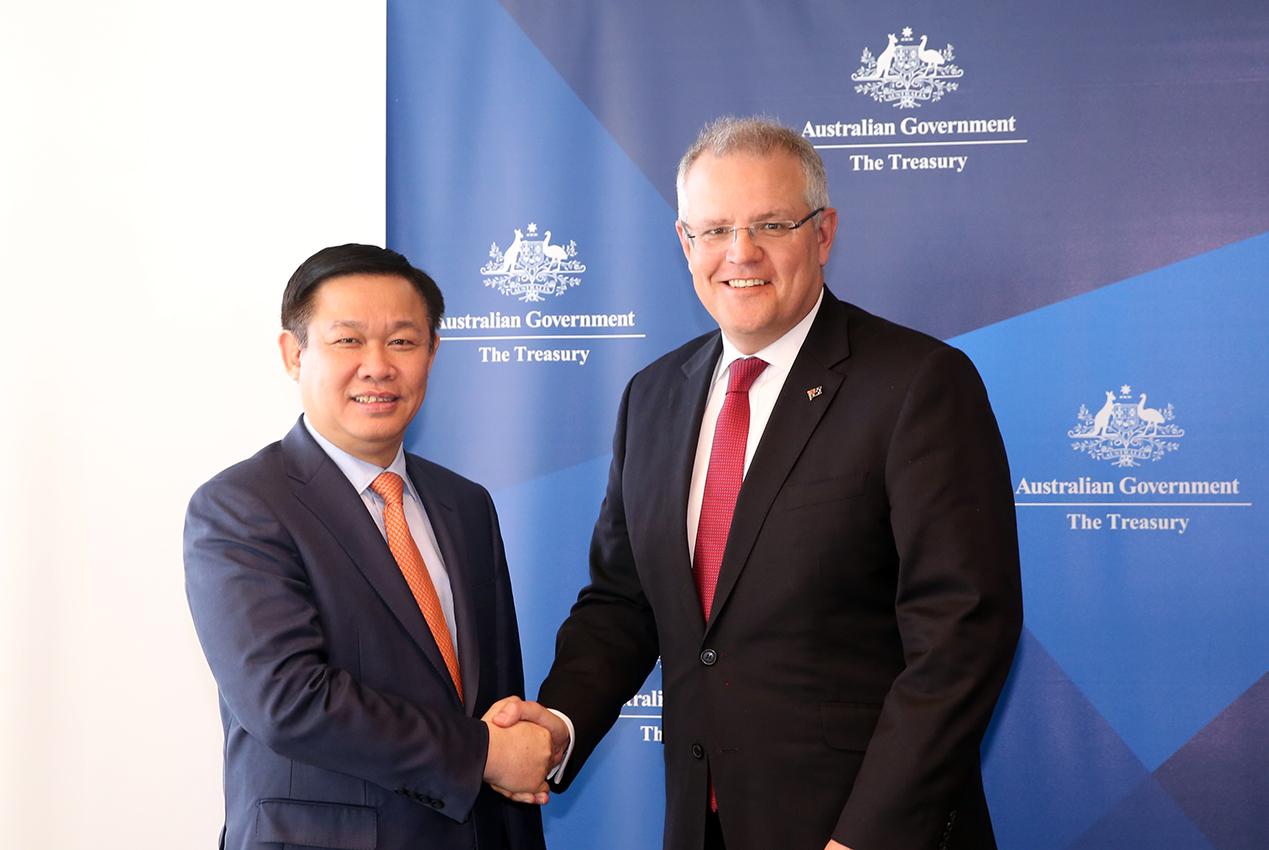 Phó Thủ tướng làm việc với Bộ trưởng Ngân khố Australia, Bộ trưởng Nội vụ bang New South Wales