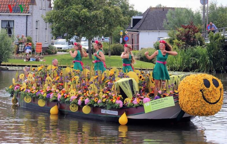 Độc đáo Lễ hội thuyền hoa Westland, Hà Lan