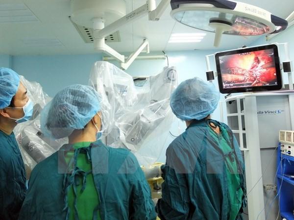 Lần đầu tiên sử dụng robot phẫu thuật ung thư gan tại Việt Nam