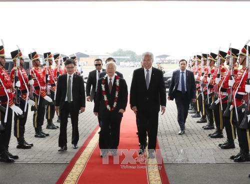 Tổng Bí thư bắt đầu chuyến thăm chính thức Cộng hòa Indonesia