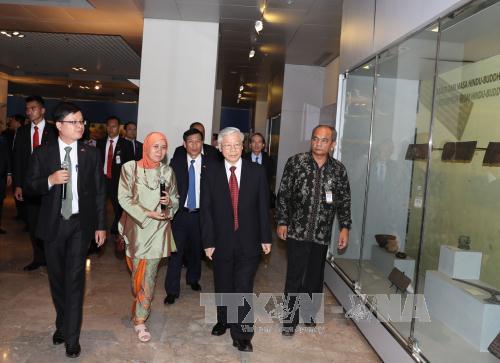 Việt Nam coi trọng thúc đẩy quan hệ hợp tác với Indonesia