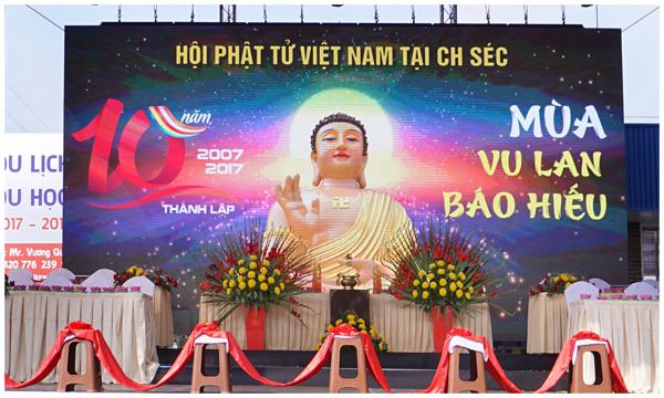 Đại lễ kỷ niệm 10 năm thành lập Hội Phật tử Việt Nam tại CH Séc