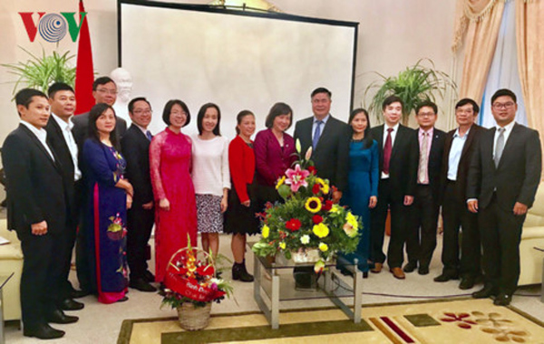 Đại sứ quán Việt Nam và kiều bào tại Đức kỷ niệm 72 năm Quốc khánh