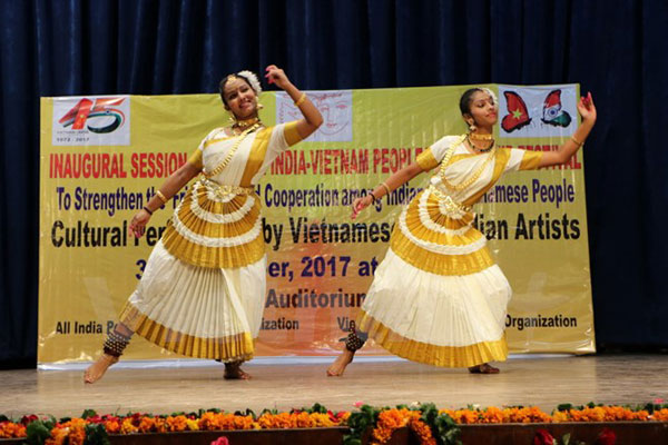 Khai mạc Liên hoan hữu nghị nhân dân Việt Nam-Ấn Độ lần thứ 9