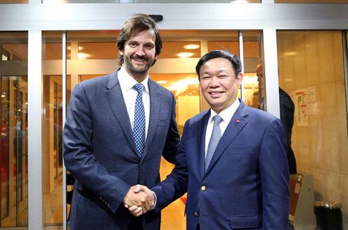 Xây dựng kế hoạch hợp tác cụ thể giữa Việt Nam và Slovakia