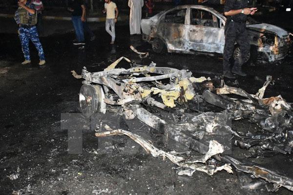 Đánh bom liều chết làm ít nhất 30 người thương vong tại Iraq