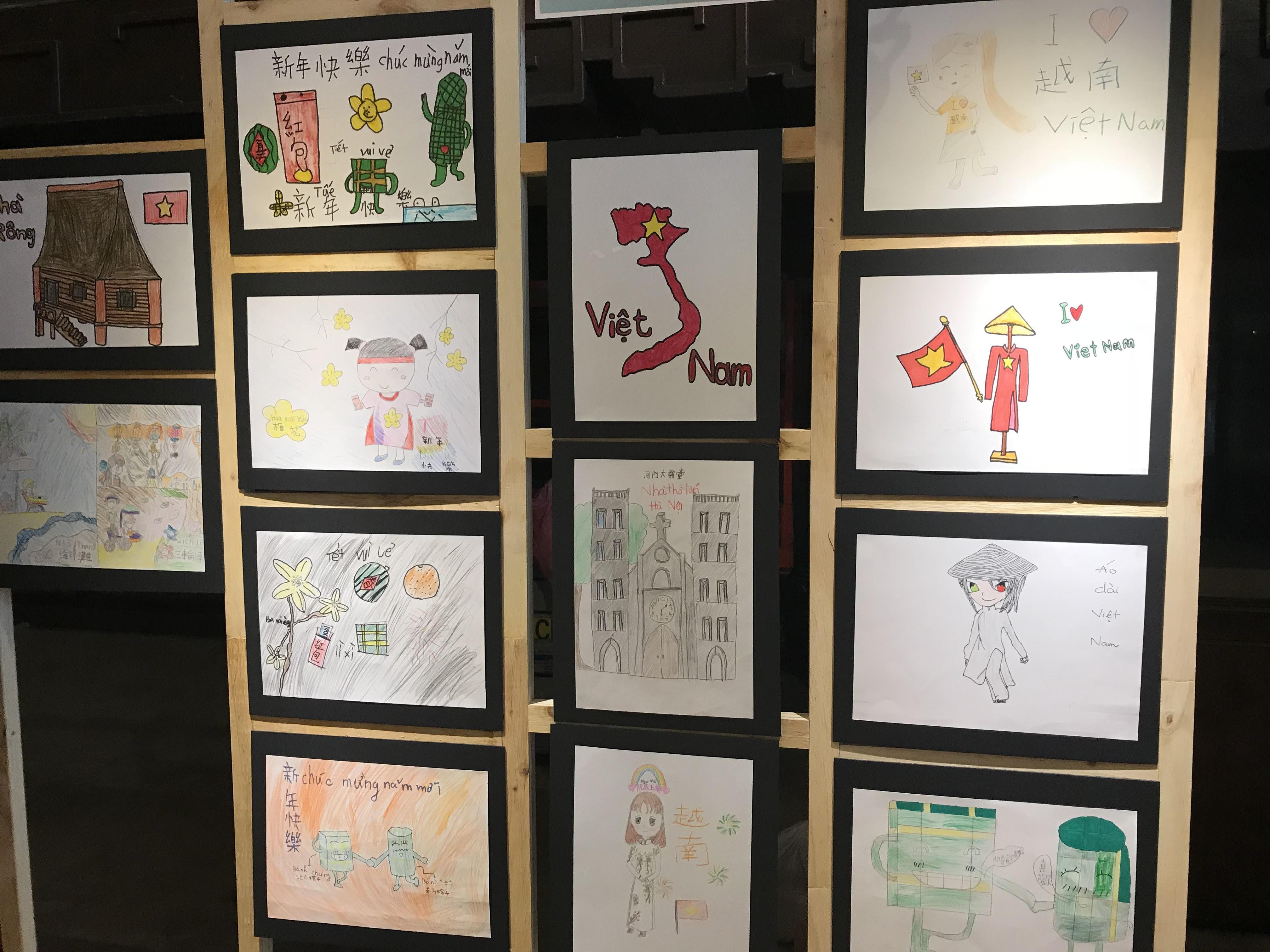 Bắt gặp hình ảnh Việt Nam trong ngày hội văn hóa Cơ Long