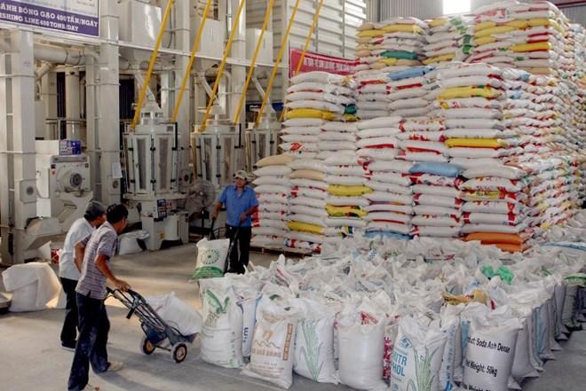 Xuất khẩu 10 tháng tăng hơn 20%, vượt xa so với dự báo từ đầu năm
