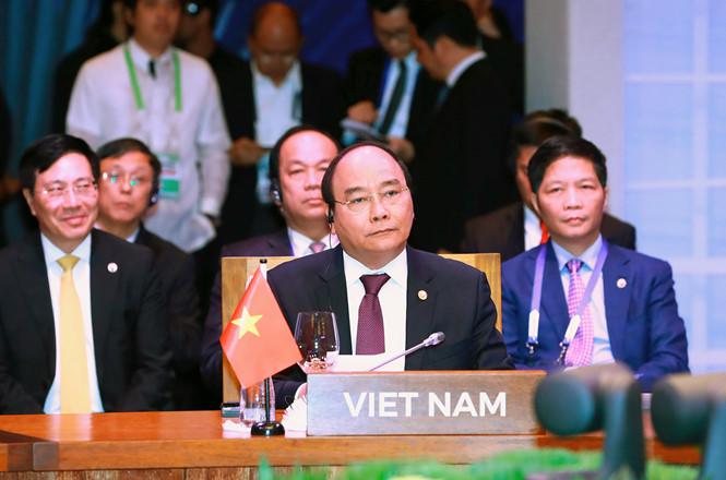 Thủ tướng Nguyễn Xuân Phúc dự Hội nghị Cấp cao ASEAN lần thứ 31