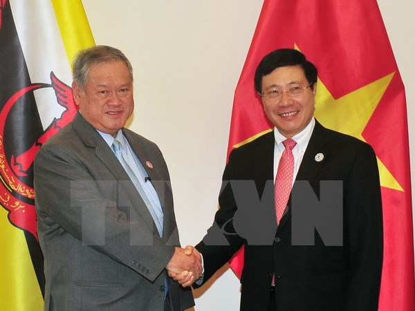 Phó Thủ tướng tiếp Bộ trưởng Ngoại giao và Thương mại Brunei