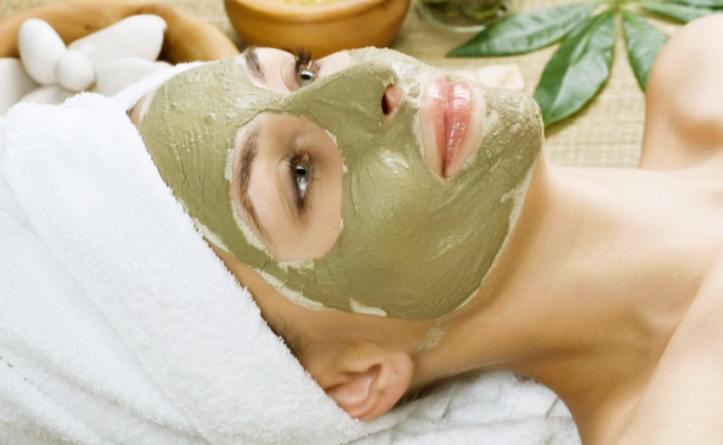 Công thức làm mặt nạ đất sét cho mọi loại da