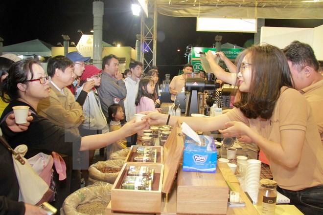 Ngày cà phê Việt Nam: Tìm kiếm giải pháp phát triển bền vững