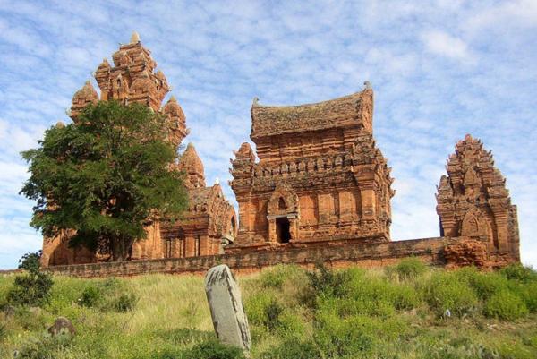 Khám phá Tháp Chàm Phan Rang