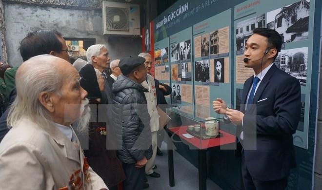 Khai mạc trưng bày chuyên đề về nhà cách mạng Nguyễn Đức Cảnh