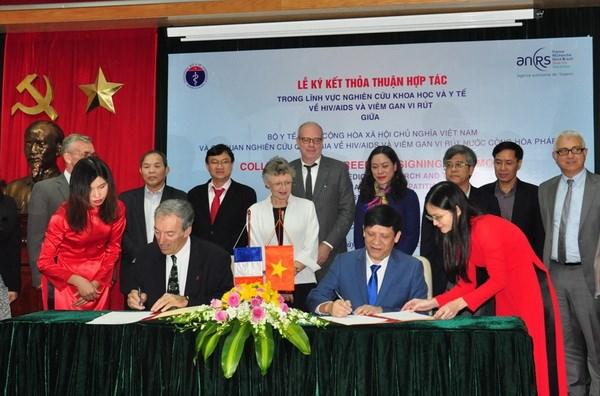 Pháp hỗ trợ Việt Nam trong phòng chống HIV/AIDS và viêm gan