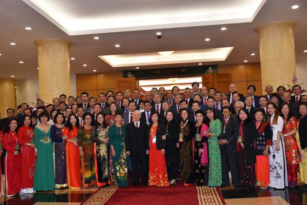 Đảng, Nhà nước luôn giang rộng cánh tay đón chào người Việt Nam ở nước ngoài