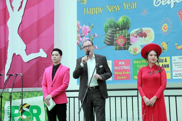 Cộng đồng người Việt ở Đức tưng bừng đón năm mới Mậu Tuất