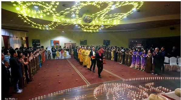 Người Việt tại Séc tổ chức Lễ hội Xuân Di Lặc
