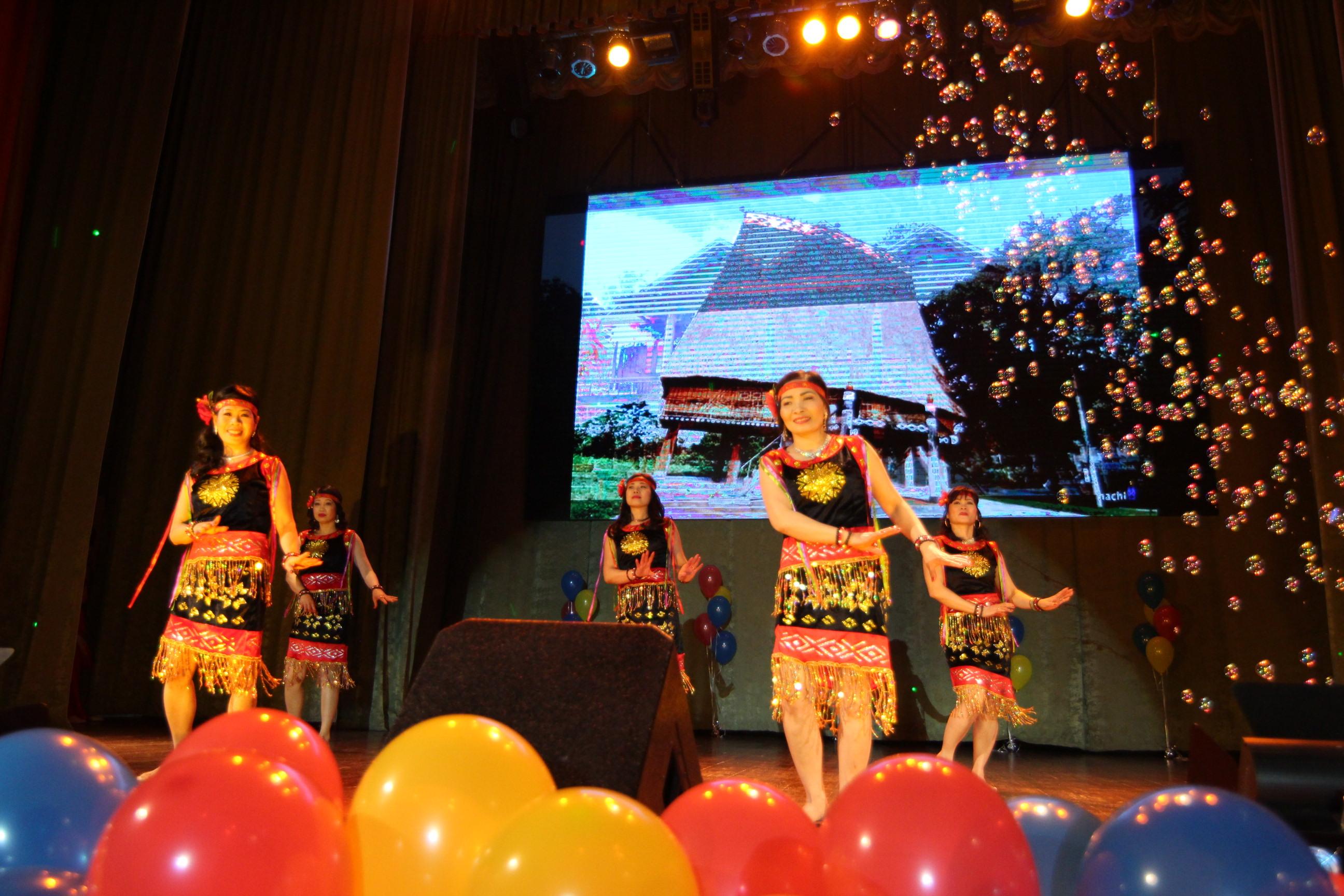 Người Việt tại Kiev- Ucraina đón Tết cổ truyền