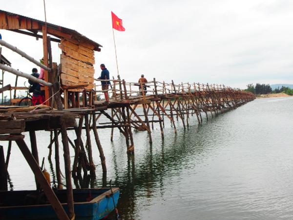 Ông Cọp - cầu gỗ dài nhất Việt Nam
