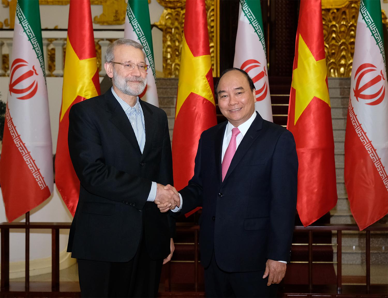 Thủ tướng Nguyễn Xuân Phúc tiếp Chủ tịch Quốc hội Iran