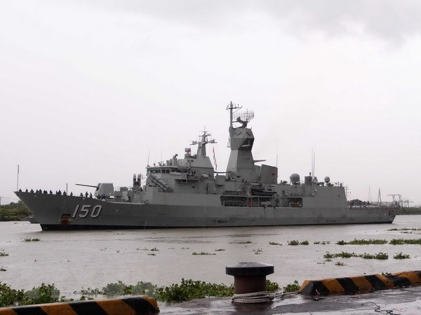 Đoàn tàu Hải quân Hoàng gia Australia thăm Thành phố Hồ Chí Minh