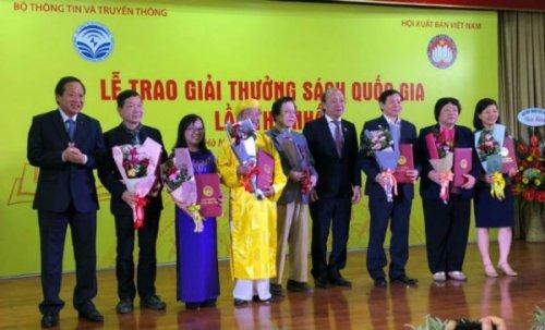 Trao Giải thưởng Sách Quốc gia lần đầu cho 35 tác phẩm
