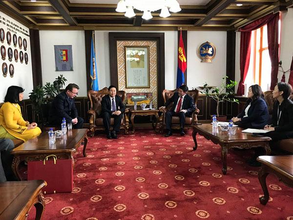 Đoàn công tác Bộ Công an làm việc tại Mông Cổ