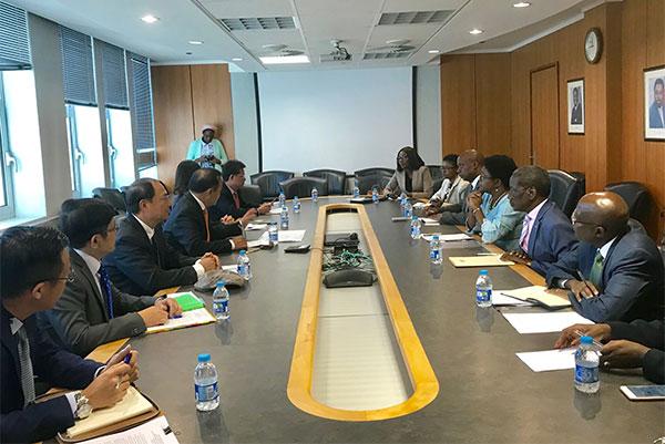 Thứ trưởng Vũ Hồng Nam thăm làm việc tại Cộng hòa Namibia