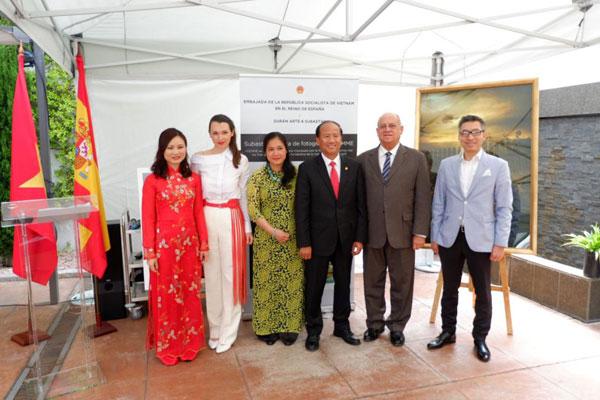 Đại sứ quán VN tại Tây Ban Nha tổ chức các hoạt động kỷ niệm ngày sinh nhật Bác