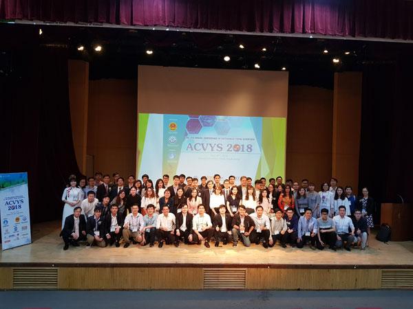 """Sân chơi khoa học bổ ích """"Hội thảo các nhà khoa học trẻ Việt Nam tại Hàn Quốc lần thứ 5"""""""