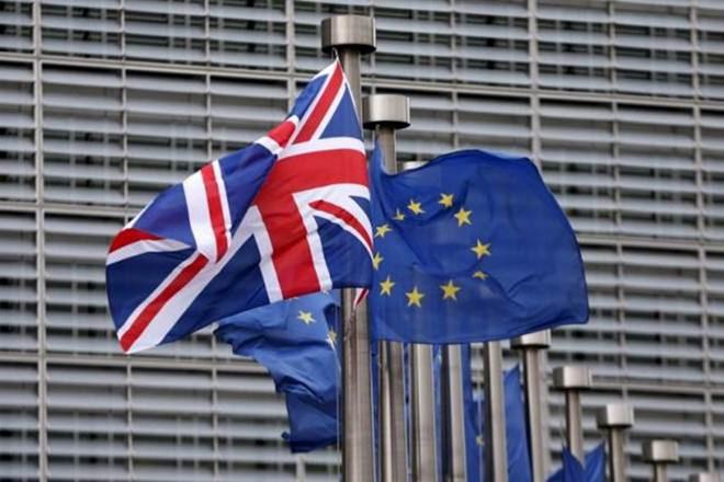 Vấn đề Brexit: Các tập đoàn châu Âu cảnh báo không đầu tư vào Anh