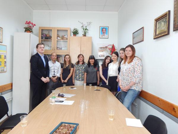 Những Thạc sĩ tiếng Việt đầu tiên tạiĐại học Tổng hợp Shevchenko, Ucraina