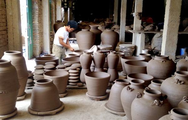 Nghề làm gốm ở Gia Thủy