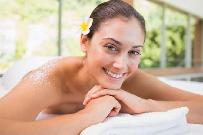 Những lợi ích tuyệt vời của muối biển đối với làn da