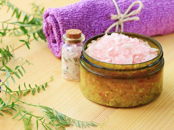 6 biện pháp tự nhiên giúp điều trị tóc gàu hiệu quả
