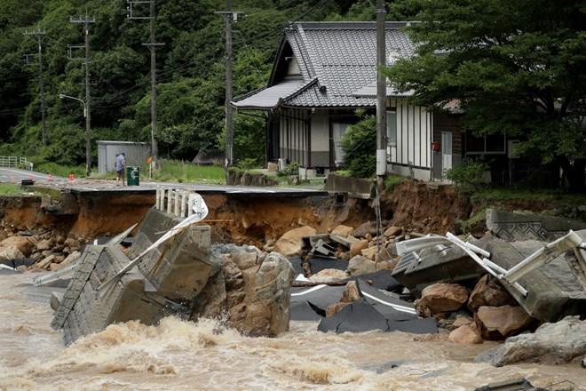 Thủ tướng Việt Nam gửi điện thăm hỏi tình mưa lũ tại Nhật Bản