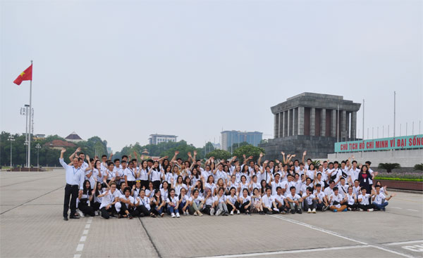 Trại hè Việt Nam: Vòng tay đoàn kết, yêu thương, gắn bó thế hệ trẻ