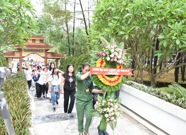Trại hè Việt Nam 2018: Đến với Ngã ba Đồng Lộc