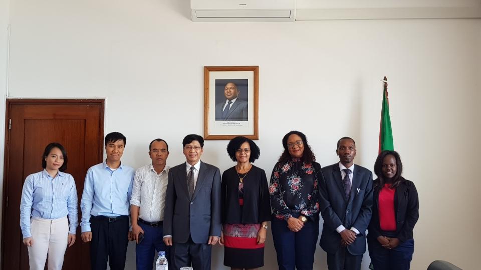 Việt Nam - Mozambique: Đẩy mạnh hợp tác về viễn thông và giao thông vận tải
