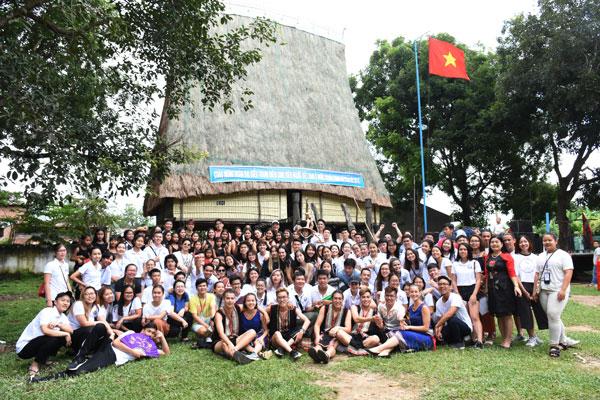Trại hè Việt Nam 2018: Hòa mình cùng tuổi trẻ và cồng chiêng Tây Nguyên