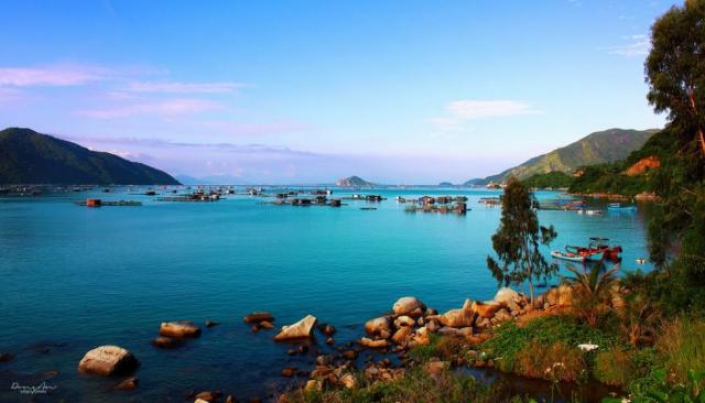 Mê hồn trước vẻ đẹp hoang sơ Vịnh Vũng Rô Phú Yên