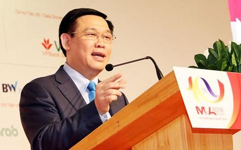 Khuyến khích ngân hàng nước ngoài mua ngân hàng thương mại yếu kém tại Việt Nam