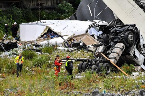 Lãnh đạo gửi điện chia buồn về vụ tai nạn sập cầu cao tốc tại Italy