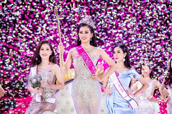 Cô gái sinh năm 2000 đăng quang Hoa hậu Việt Nam 2018